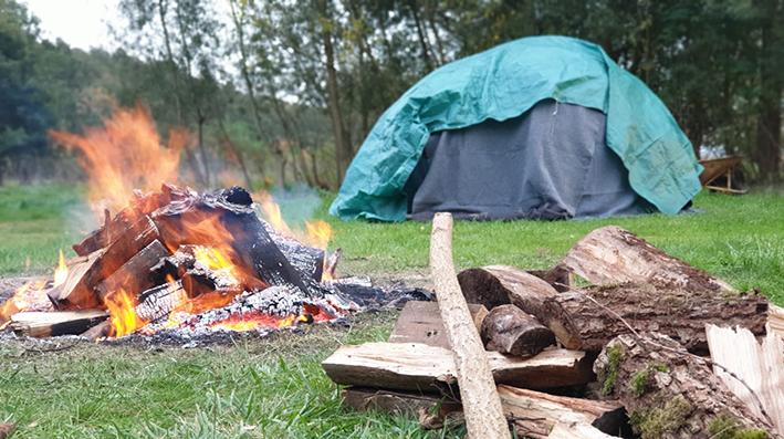 Lagerfeuer-Zelt